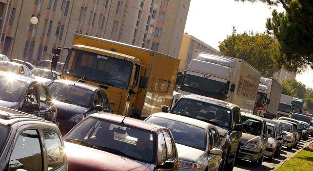 La maire d'Avignon dénonce la politique du gouvernement : les routiers vont trinquer