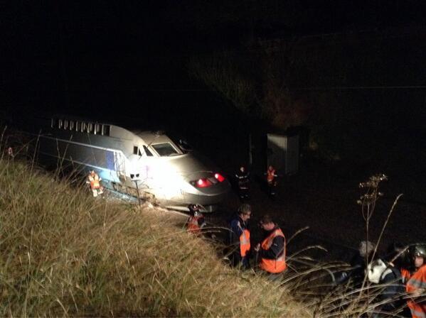 Collision entre un TGV et un camion dans la Sarthe: deux blessés