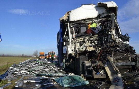 A 35 / Un accident entre deux camions entraîne 17 km de bouchon