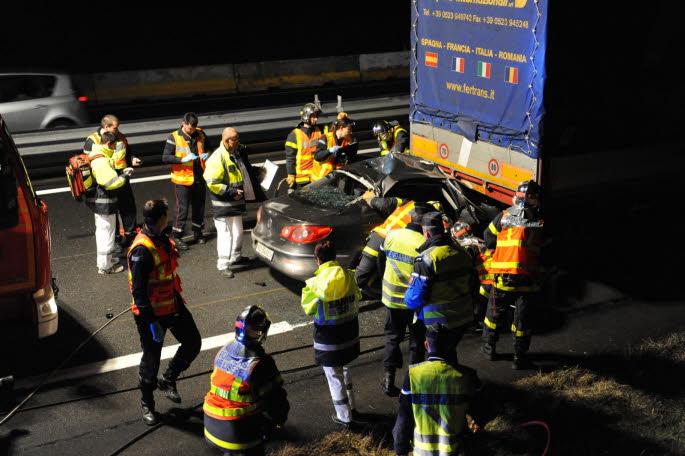 NORD-ISÈRE/A43 Saint-Didier-de-la-Tour : la voiture s'encastre sous un camion