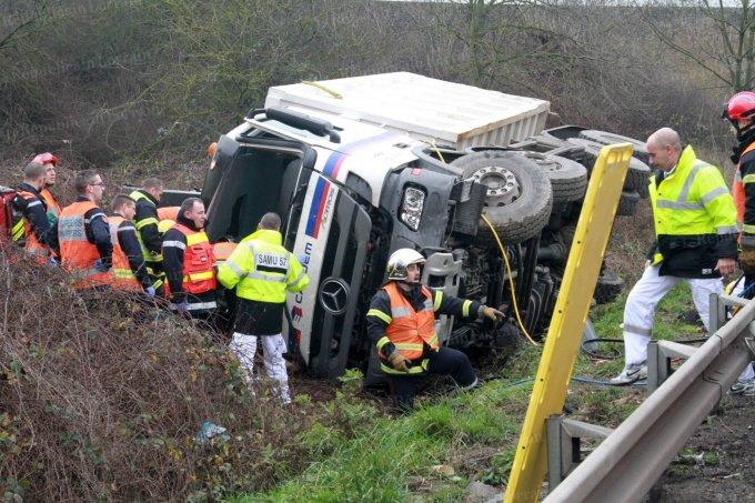 Accident de camion en fin de matinée sur l'A31: un mort près de La Maxe