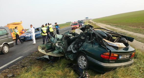 Un accident entre un camion-citerne et une voiture fait un mort