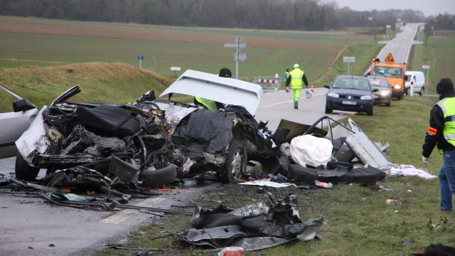 Accident à Marcei (61) . 3 morts et 1 blessé grave dans une collision