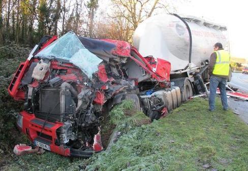 Portefeuille mortel à Pas-de-Jeu : le routier roulait trop vite