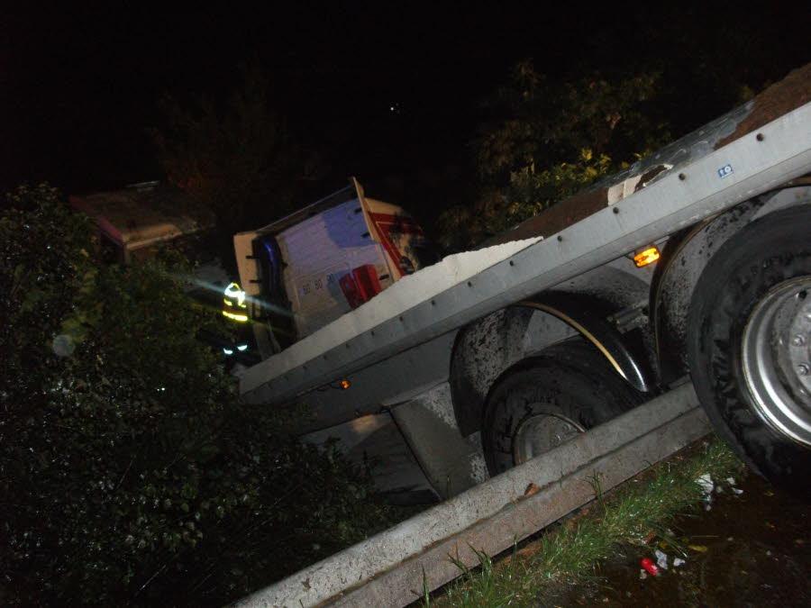AUBERIVES-SUR-VAREZE (38) /  L'autoroute A7 est restée fermée plus de 7 heures