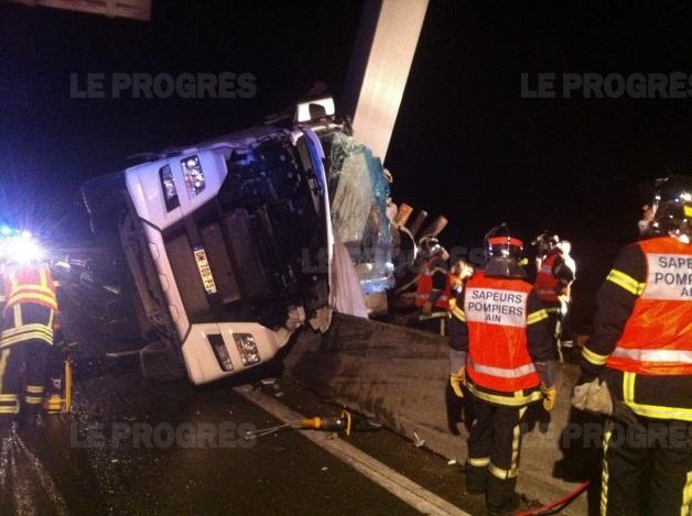 Il avait 30 ANS. Accident mortel sur l'A42 : un poids-lourd jurassien impliqué