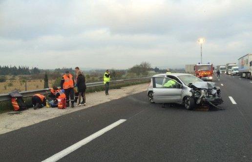 Accident entre une voiture et un camion sur l'A9