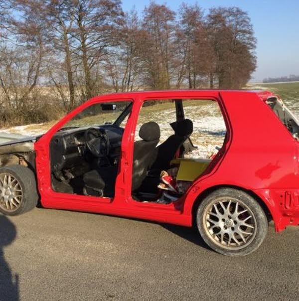 MOSELLE /  Il roulait avec sa voiture désossée car la peinture n'était pas sèche !
