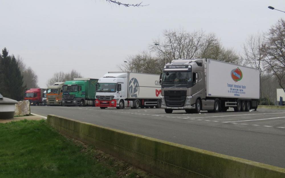 Indre : des migrants retrouvés dans un camion frigorifique sur l'A20