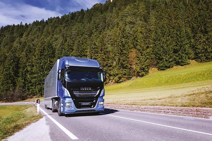 Le Stralis GNL 460 et le X-Way  / Iveco continue sa révolution