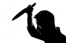 RETRAITE / Un coup de couteau dans le dos
